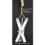 Holz-Ski Hänger ca. 10x28 cm weiß Frohe Weihnachten