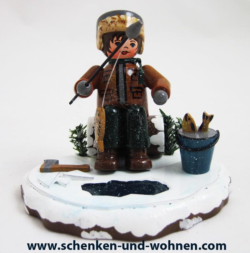 """Hubrig -  Winterkind """"Eisangeln """" ca. 7 cm"""