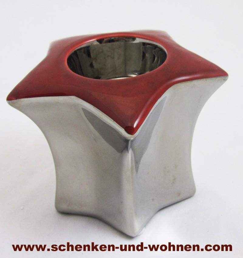 Kerzenleuchter rot/silber ca. 9 x 10 cm (H/B), sternförmig