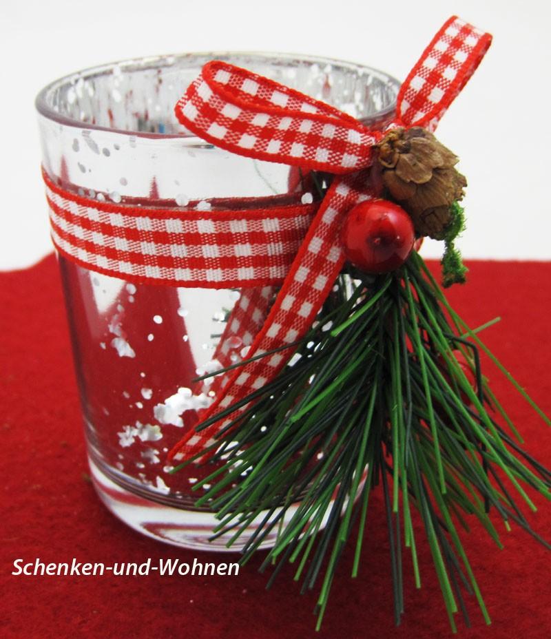 Spiegelglas Teelichthalter mit Zapfen und Ilexdekor  ca. 5,5 x 5,5 x 6,8 cm