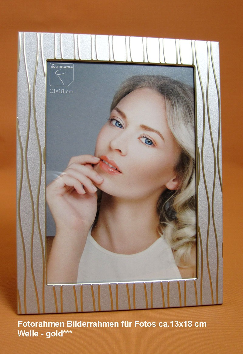 Fotorahmen Bilderrahmen für Fotos ca.13x18 cm Welle - gold