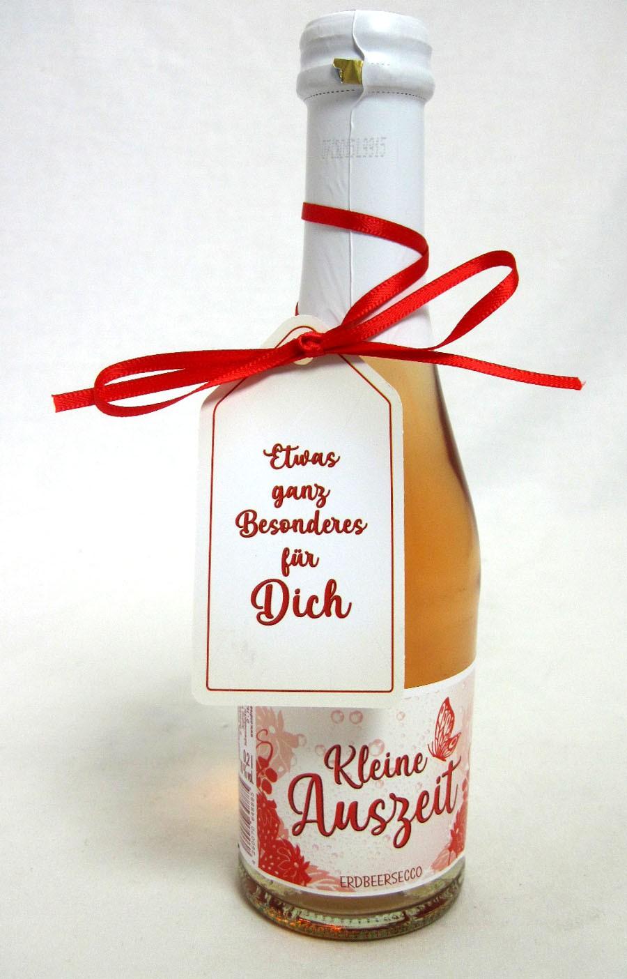 """Erdbeersecco """"Kleine Auszeit"""" mit Geschenkanhänger  0,2l, 10%vol."""
