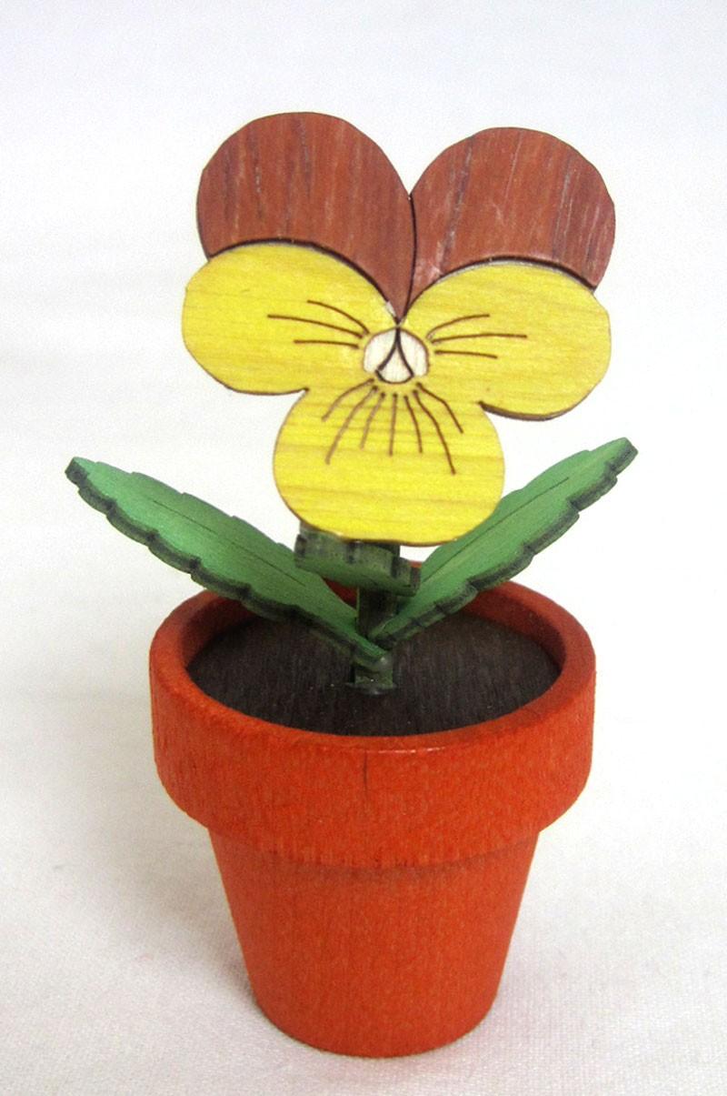 Kuhnert - Stiefmütterchen groß im Blumentopf ca. 7,5 cm hoch