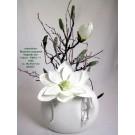 Weihnachten-winterliches Blumenarrangement Magnolie Schneeeffekt ca.40 cm