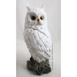 Eule Winterzeit Weiß-Silber, auf Baumstamm sitzend ca.37 cm