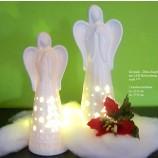 1 Keramik - Deko-Engel mit LED-Beleuchtung weiß  ca.22 cm