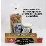 Handwerker-Pasta mit Gourmet-Soße und Zollstock