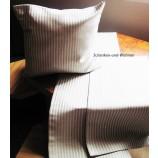 Tischläufer Beige mit hellen Streifen und dezentem Glanz ca. 30 x 120 cm