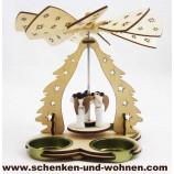 Kleine Laserholz-Pyramide für 3 Teelichte, Engel ca. 16 x 11 x 15 cm